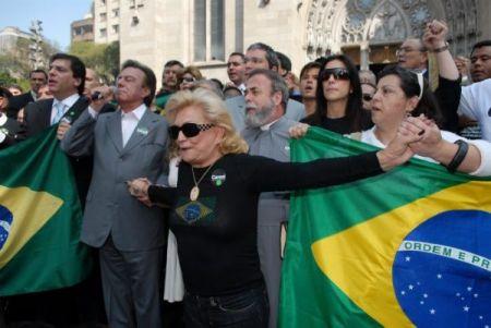 Lideranças sociais de Higienópolis revoltados contra traidores de Davos