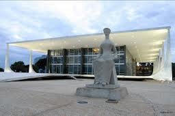 QUADRILHA: A UDN já está ensaiando a dança no local onde fará a festa junina em 2014.
