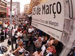 DESCAMINHO: Milhões de eleitores infantis paulistas foram às ruas comemorar a indicação, mas erraram o trajeto da passeata.