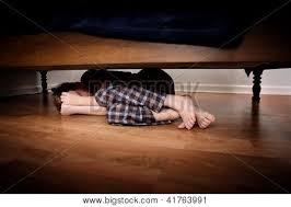 AUSÊNCIA: Tancredo Neves nào participou porque estava escondido embaixo da cama, mas não o pó não lhe incomodou.